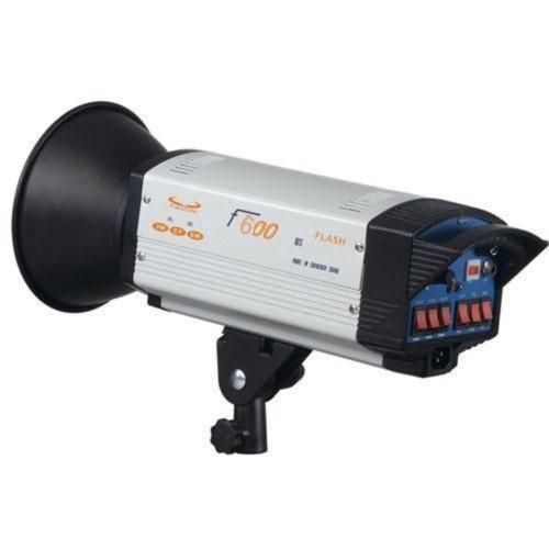 Đèn Flash Studio F600 Photoviet
