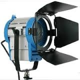Bộ kits phòng quay chuyên nghiệp (4 đèn kino6 bóng +2 cây 4 bóng+ 1 spotlight 650w ) Photoviet